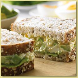Egg_avo_sandwich